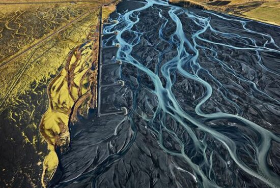Edward Burtynsky featured on Artsy